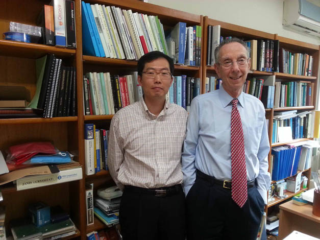David with Prof. Ji Yong PARK (left) at Ajou University in Seoul, South Korea